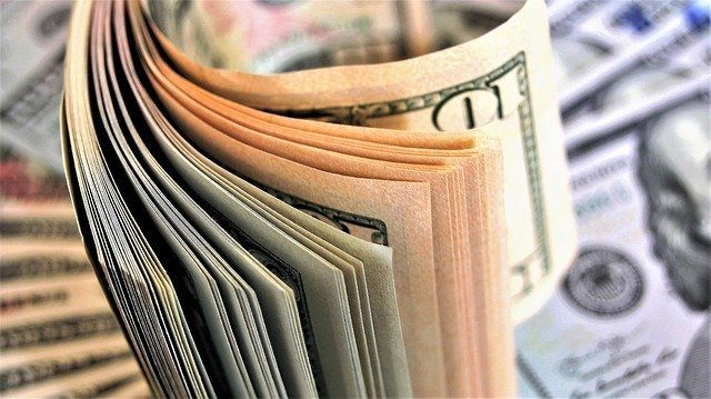 В-Национальном-банке-Казахстана-дезинфицируют-наличные-деньги