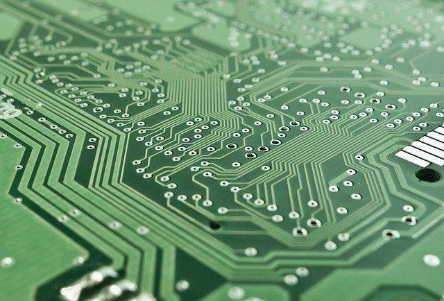 Компьютеры-петропавловской-сборки-обещают-продавать-на-10-15%-дешевле
