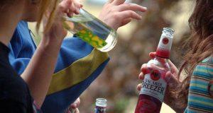 Что-грозит-за-распитие-алкоголя-с-несовершеннолетними
