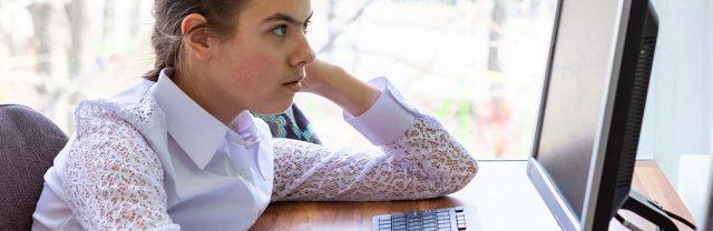 Более-300-тысяч-компьютеров-раздадут-малообеспеченным-детям-в-Казахстане