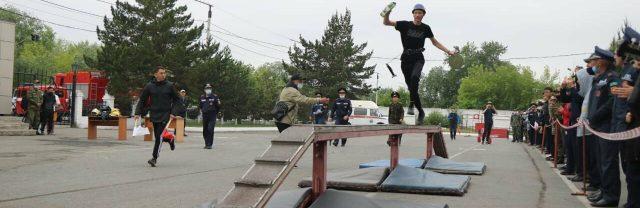 Соревнования-юных-пожарных-прошли-в-Петропавловске