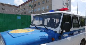 podozrevaemogo-v-grabezhe-zaderzhali-policejskie-sko-scaled.jpg